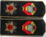 Погоны, петлицы и нарукавные знаки различия ВМФ СССР